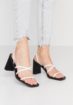 DONNA - Sandalen met hoge hak - white