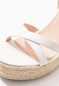 RAID - ELISHA - Sandaler med høye hæler - white - 5