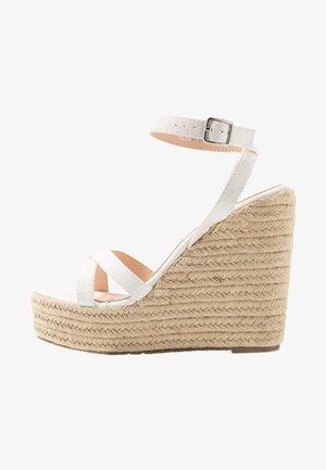 ELISHA - Sandaler med høye hæler - white