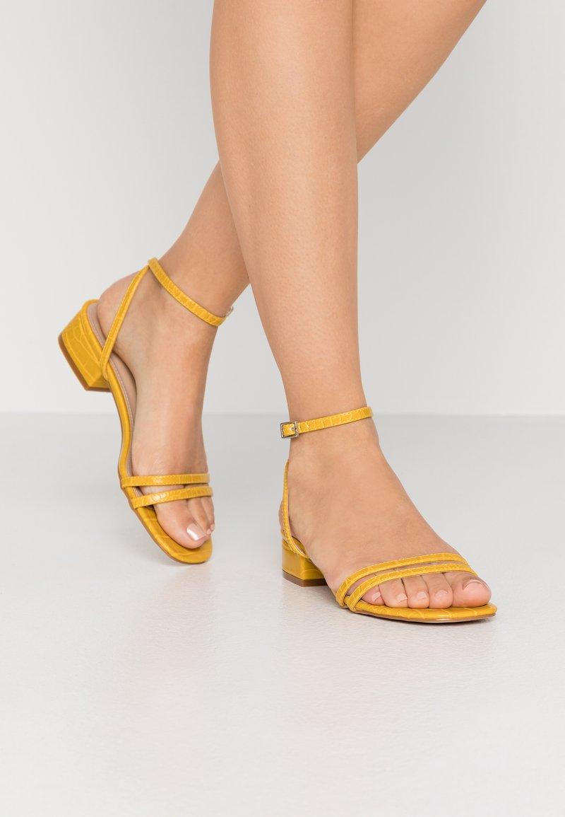 RAID - EVAN - Sandals - mustard