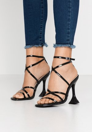 MADRONA - Sandalen met hoge hak - black