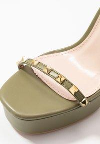 RAID - ODINAH - Sandaler med høye hæler - sage green - 2