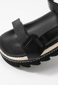 RAID - SONNIE - Sandaalit nilkkaremmillä - black - 2
