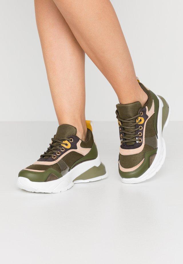 AVRA - Sneakers - khaki