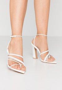 RAID - GLADDIN - Sandaler med høye hæler - white - 0