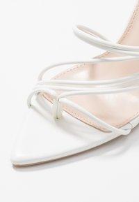 RAID - GLADDIN - Sandaler med høye hæler - white - 2