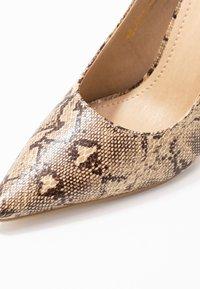 RAID - MELANIE - Zapatos altos - beige - 2