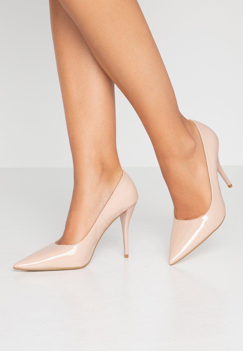 RAID - MELANIE - Zapatos altos - nude