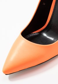 RAID - BRINLEY - High heels - orange - 2