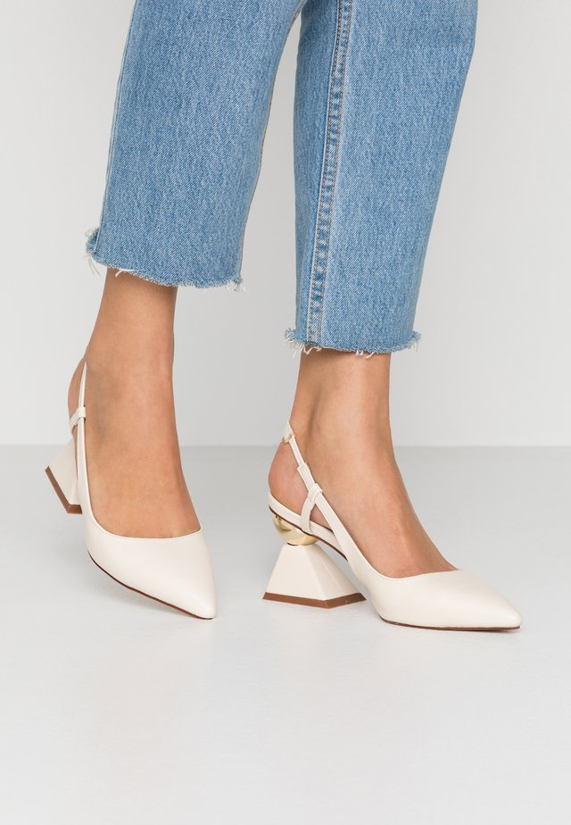 JASMINE - Classic heels - cream