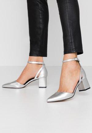 HAZY - Classic heels - silver crinkle