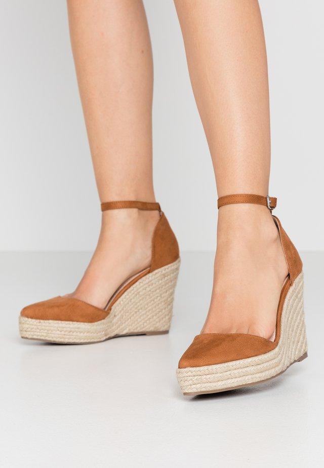 FYNN - High heels - tan