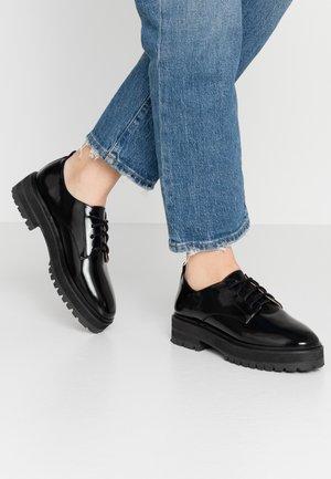 HALEY - Šněrovací boty - black