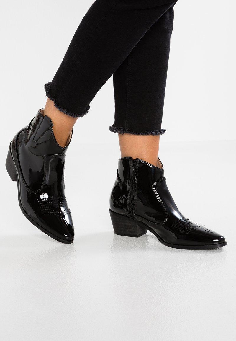 RAID - RIVER - Kovbojské/motorkářské boty - black