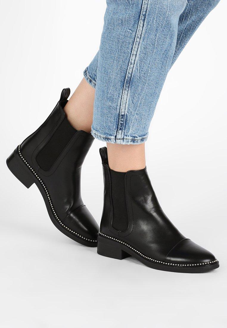 RAID - APPLE - Classic ankle boots - black