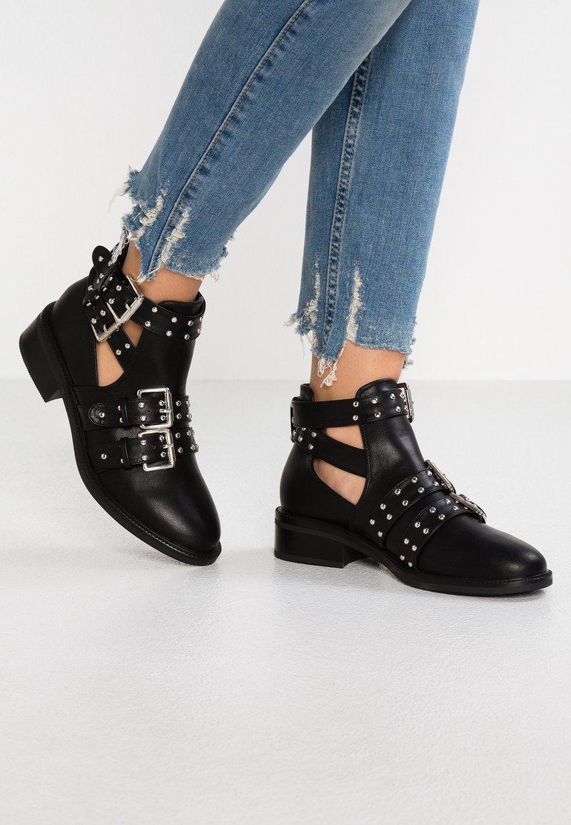 RAID - MAURA - Boots à talons - black
