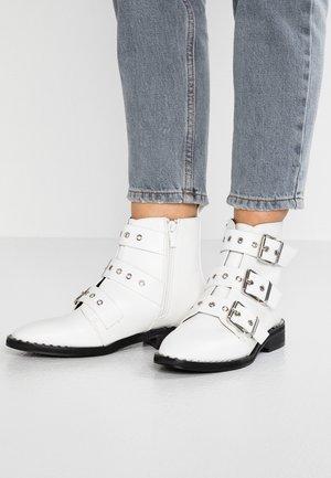 JACK - Cowboystøvletter - white