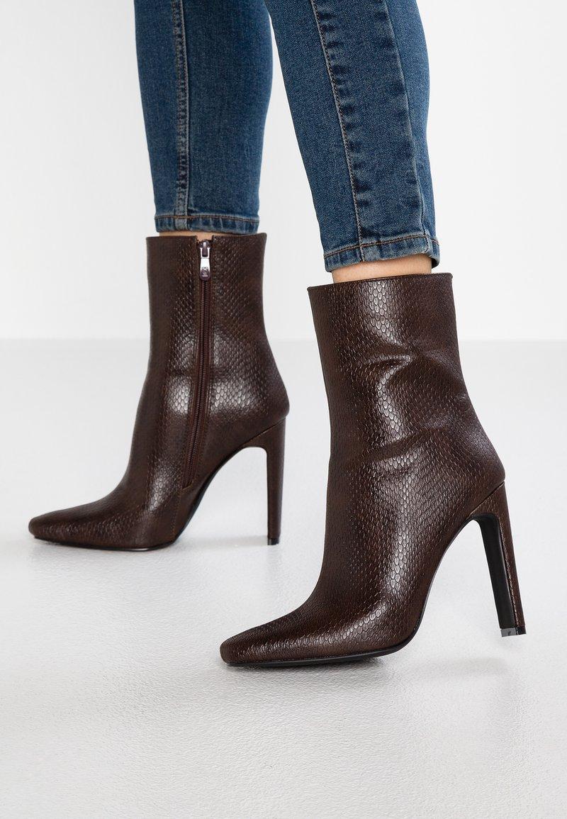 RAID - APHEX - High Heel Stiefelette - brown