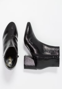 RAID - RAPPLE - Kotníkové boty - black - 3