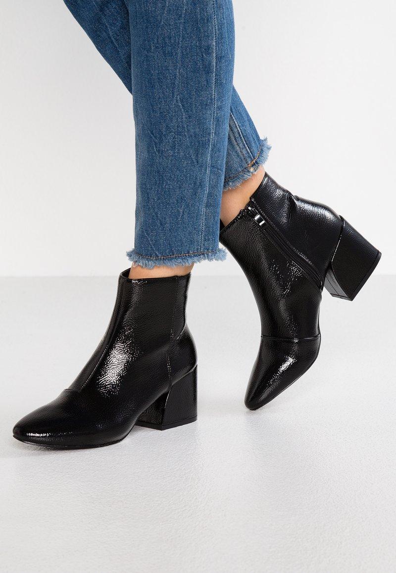 RAID - RAPPLE - Kotníkové boty - black