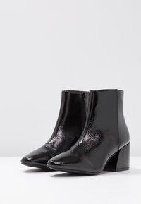 RAID - RAPPLE - Kotníkové boty - black - 4