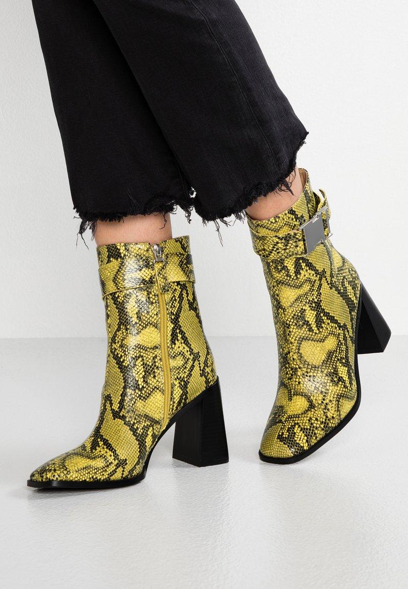 RAID - ZIVA - High Heel Stiefelette - yellow