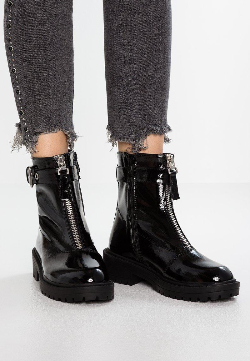 RAID - CARLYNN - Kotníkové boty - black