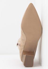 RAID - EVA - Kotníkové boty - nude - 6