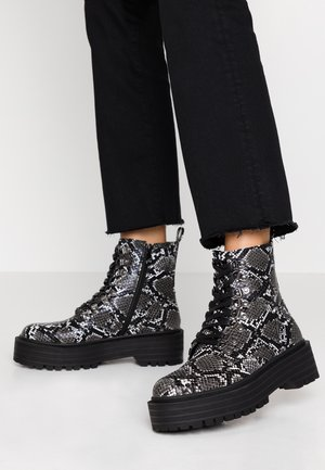 REIGN - Kotníkové boty na platformě - grey