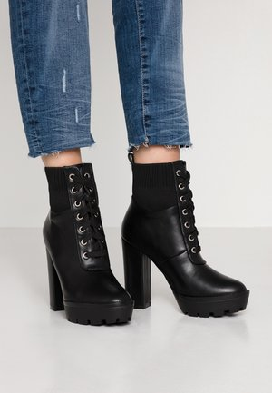 SKY - High Heel Stiefelette - black