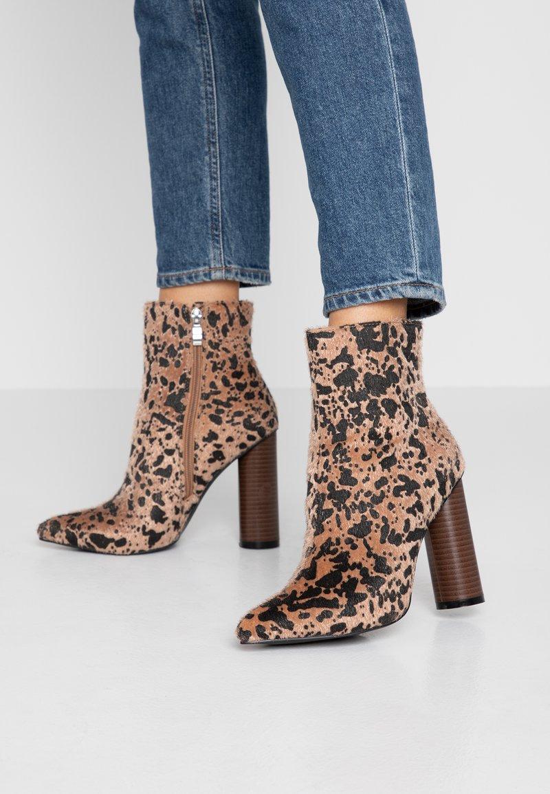 RAID - SIMONE - High Heel Stiefelette - brown