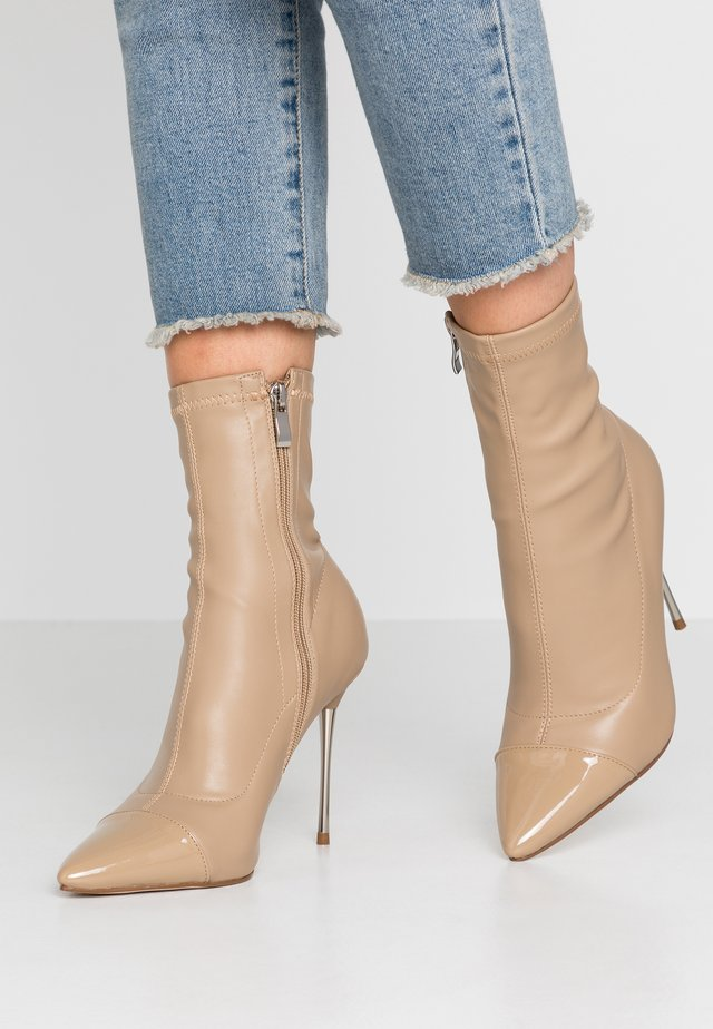 LIMONE - High heeled ankle boots - nude