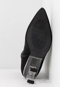 RAID - BRAZEN - Kotníková obuv na vysokém podpatku - black - 6