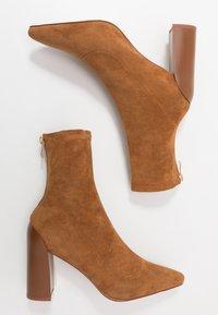 RAID - VANESSA - Kotníková obuv na vysokém podpatku - tan - 3
