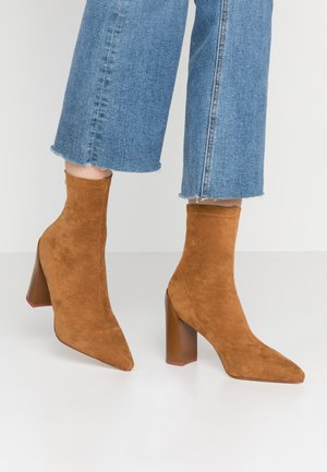 VANESSA - High heeled ankle boots - tan