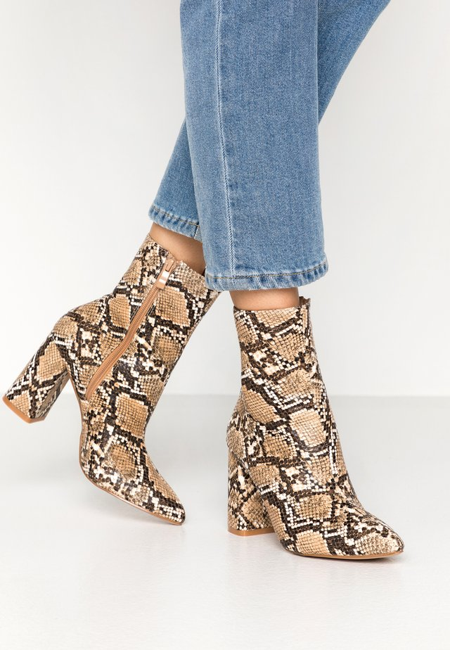 MEADOW - Classic ankle boots - stone