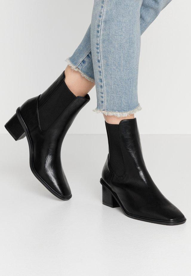 ETHAN - Støvletter - black