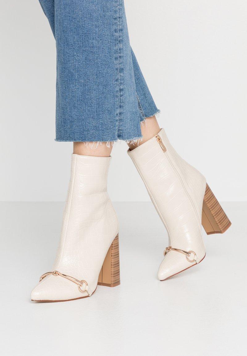 RAID - LAYLAH - Kotníková obuv na vysokém podpatku - nude