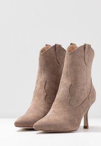 RAID - KAISON - High heeled ankle boots - taupe - 4