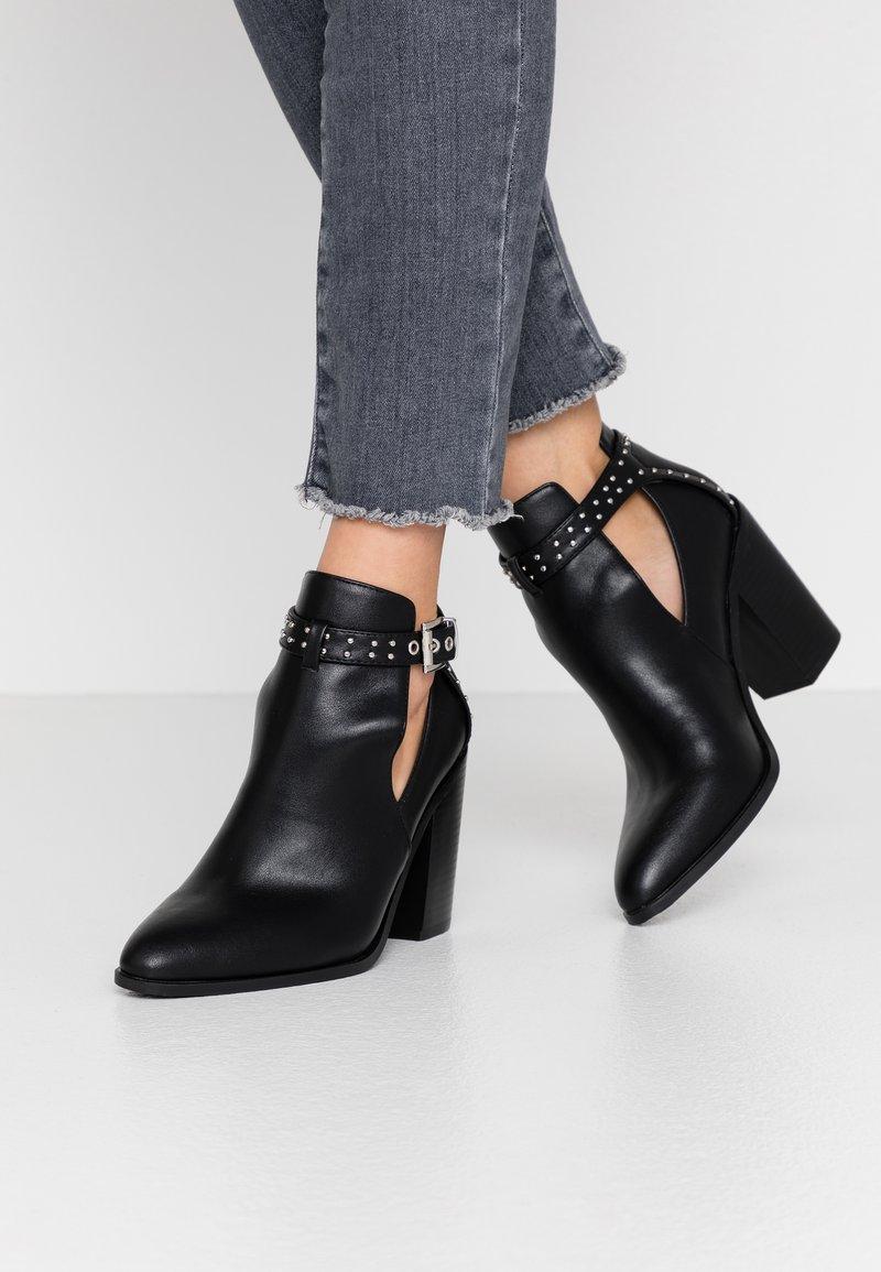 RAID - Kotníková obuv na vysokém podpatku - black