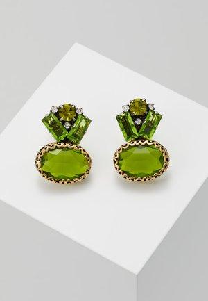 Korvakorut - green
