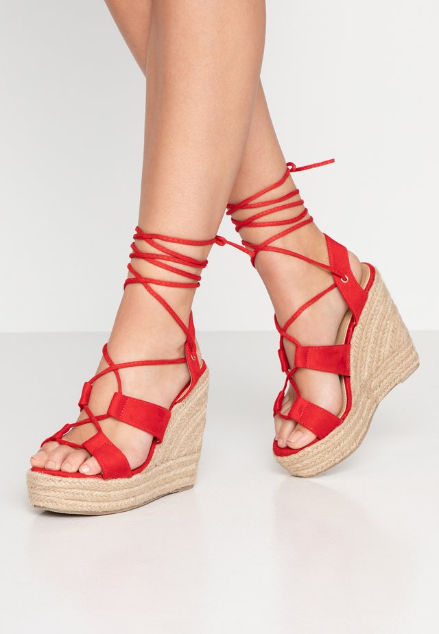 WIDE FIT HARRIE - Sandaletter - red