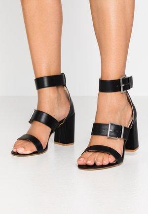 WIDE FIT ELENA - Sandaler med høye hæler - black