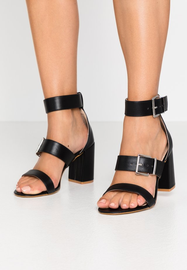 WIDE FIT ELENA - Sandaletter - black