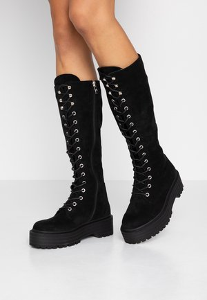 WIDE FIT DEBORAH - Botas con plataforma - black