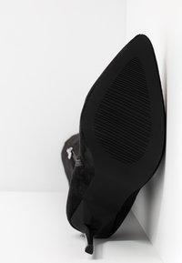 RAID Wide Fit - WIDE FIT MAUREEN - High heeled boots - black - 6