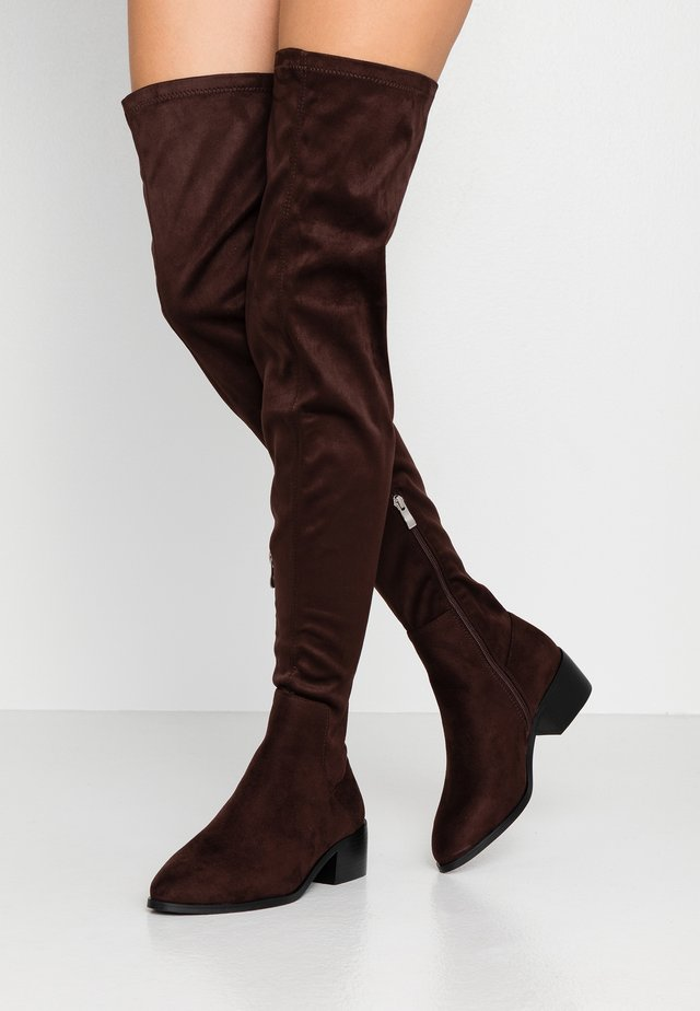 WIDE FIT ELDORA - Overkneeskor - brown