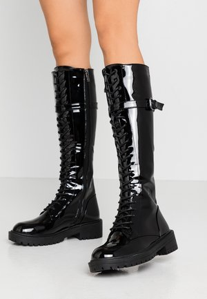 WIDE FIT CORONA - Bottes à lacets - black highshine