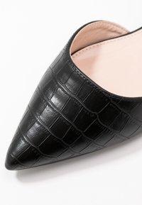 RAID Wide Fit - WIDE FIT AMY - Ballet pumps - black - 2