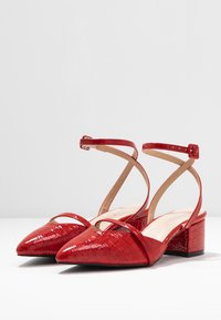 RAID Wide Fit - WIDE FIT PALOMA - Tacones - red - 4